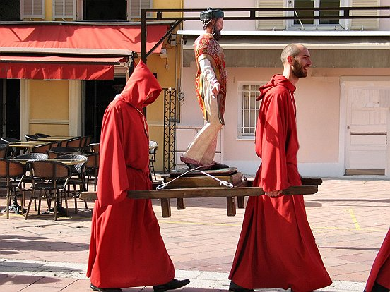 PROCESSION DES PENITENTS ROUGES