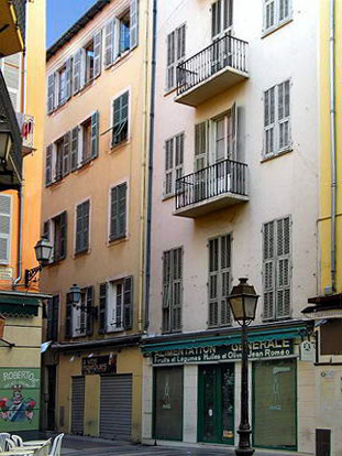 Le vieux nice rue du moulin le comte de nice en images for Piscine vieux nice