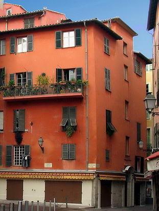 Le vieux nice rue francis gallo le comte de nice en for Piscine vieux nice