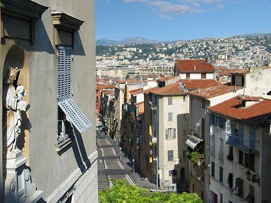 Le vieux nice rue rossetti le comte de nice en images for Piscine vieux nice
