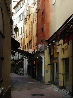 le vieux nice la rue de la boucherie le comte de nice en images les photos du comt de nice. Black Bedroom Furniture Sets. Home Design Ideas